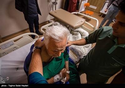 من یک پرستارم . پرستاری یعنی صبر ، یعنی مدارا و شریک لحظه ی نا خوش یک بیمار .