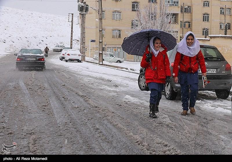 """امروز کدام استانها """"سفیدپوش"""" میشوند/ تهران در انتظار بارش برف"""