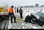 321 گرفتار در برف و سیلاب استان خراسان جنوبی امدادرسانی شدند