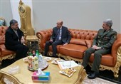 وزیر الدفاع الایرانی یصل الى نواکشوط