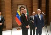 وزیر الدفاع الایرانی یصل الى فنزویلا+ صور