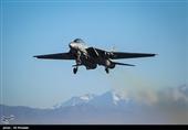 پرواز جنگندههای ارتش در محل برگزاری رزمایش + عکس