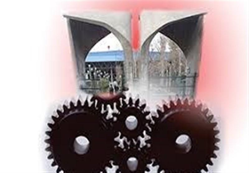 پژوهشهای دانشگاهی به توسعه صنعت و تولید کمک کنند