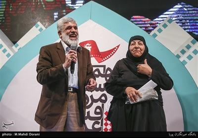 پدر شهید احمدی روشن اختتامیه نهمین جشنواره مردمی فیلم عمار