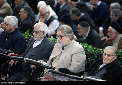 حضور نادر طالب زاده در نماز جمعه تهران