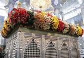 آیین گلآرایی ضریح حضرت زینب (س) +عکس