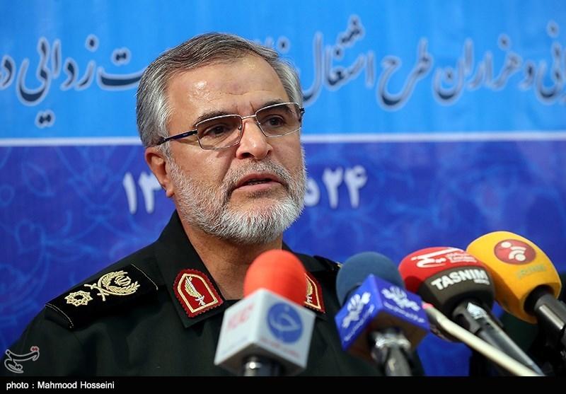 IRGC Commander Warns Enemies of Iran's Iron Fist