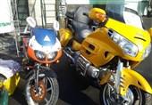 توقیف موتورسیکلت یک میلیارد تومانی در طرح رعد پلیس+ تصاویر