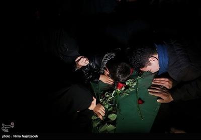 استقبال از پیکرهای شهدای مدافع حرم و دفاع مقدس در مشهد