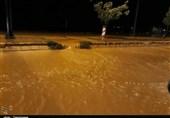لرستان  احتمال تخریب دیوار ساحلی شهر پلدختر; راه ارتباطی 8 روستا قطع شد