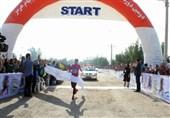تهران و پریسا عرب قهرمان دوی نیمه ماراتن بانوان ایران شدند