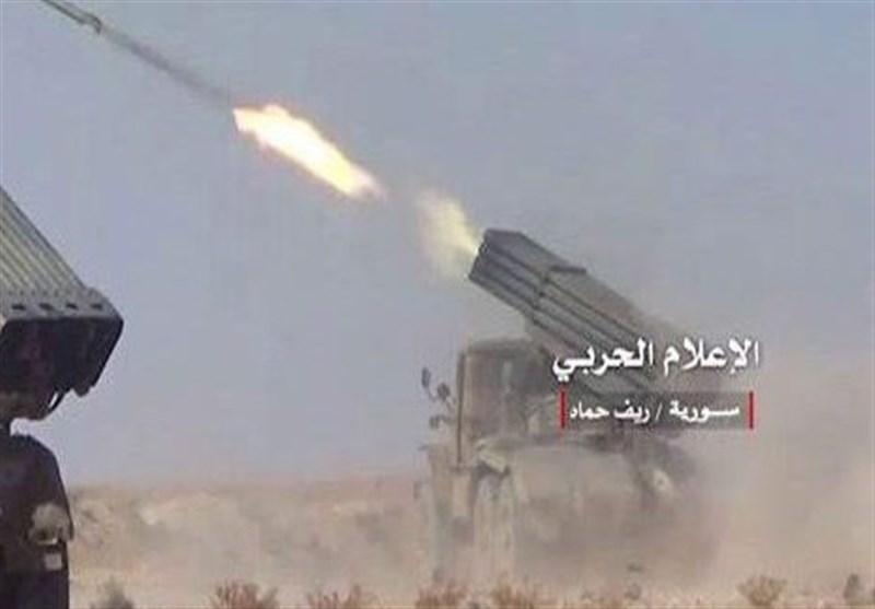 الجیش السوری یوجه ضربات صاروخیة مکثفة على مواقع التنظیمات الإرهابیة
