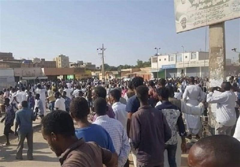 برگزاری تظاهرات ضد دولتی در 12 شهر سودان