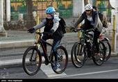 تسنیم از شروع بهکار مسیر دوچرخهسواری در خیابان سپه کرمان گزارش میدهد