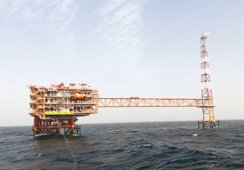 بوشهر| انتقال گاز از سکوی 13B پارس جنوبی به پالایشگاه خشکی کنگان آغاز شد