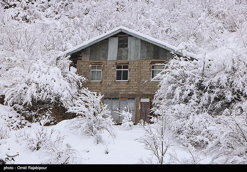 آخرین وضعیت رانش زمین در الیگودرز؛ 21هزار روستایی همچنان در محاصره برف