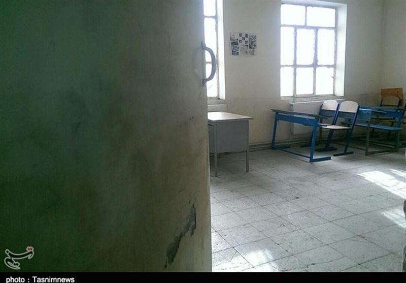 120 مدرسه مخروبه در چهارمحال و بختیاری وجود دارد