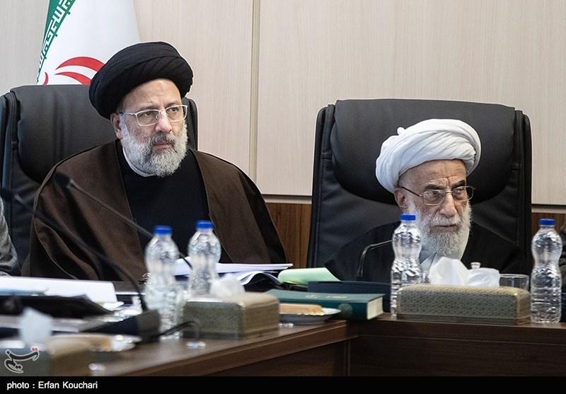 آیت الله احمد جنتی و حجت الاسلام ابراهیم رئیسی در جلسه مجمع تشخیص مصلحت نظام