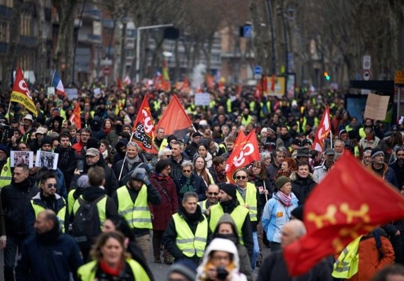 Thousands Held Rallies in Paris in 10th Weekend of Yellow Vest Protests (+Video)