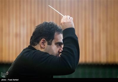 سهراب کاشف رهبر ارکستر سمفونیک صدا و سیما