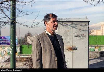 محمد رضا باهنر در مراسم تشییع پیکر سردار احمد فضائلی