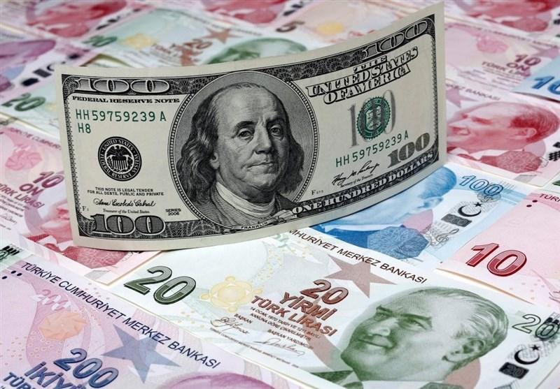 نقد شدید یک اقتصاددان به روحانی به خاطر دلار 3700 تومانی