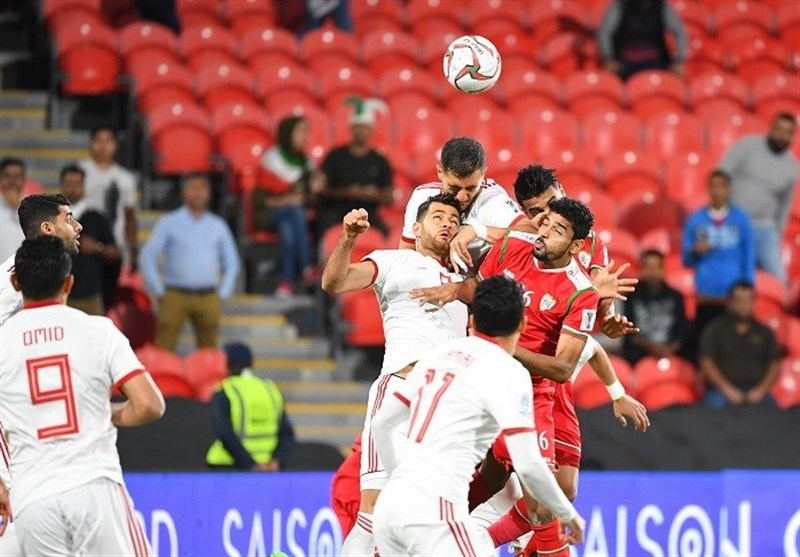 برتری ایران برابر عمان در نیمه اول با درخشش بیرانوند