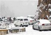 پاک فوج کا ریسکیو آپریشن، برفباری میں پھنسے سیاحوں کو نکال لیا گیا
