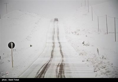 بارش برف در روستای لوجلی شیروان