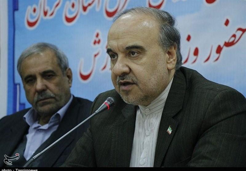 وزیر ورزش در آرادان: 3500 پروژه ورزشی نیمه تمام در کشور وجود دارد
