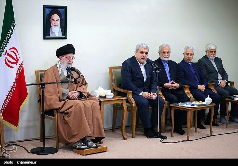 الامام الخامنئی: لا ینبغی أن تتوقف الحرکة العلمیة للبلاد بأی شکل من الأشکال