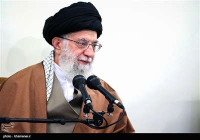 Leader Urges Iran's Steady Scientific Growth