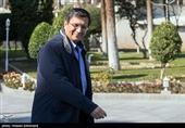 همتی: تصمیم جدید دولت درباره ارز واردکنندگان امروز ابلاغ میشود