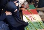 پیکر مطهر شهید حادثه تروریستی نیکشهر در زاهدان تشییع شد