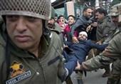 یک کشته و 70 زخمی در تازهترین حمله نظامیان هندی به مردم مظلوم کشمیر اشغالی