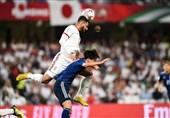 گزارش خبرنگار اعزامی تسنیم از امارات  تذکرات کیروش به 2 بازیکن و اعتراضهای مکرر او به داور