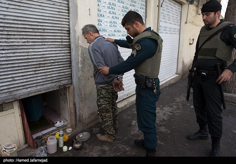 قم| 30 طرح تخصصی توسط نیروی انتظامی برای مقابله با مواد مخدر تدوین شد