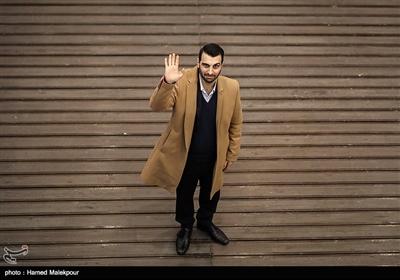 پولاد کیمیایی در مراسم افتتاحیه سیوهفتمین جشنواره فیلم فجر