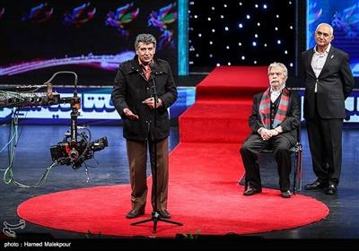 ناصر ممدوح، منوچهر اسماعیلی و منوچهر والیزاده در مراسم افتتاحیه سیوهفتمین جشنواره فیلم فجر