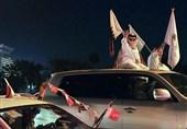 شادمانی مردم و مقامات قطر از دستاورد ورزشی در یک بازی کاملا سیاسی و حیثیتی + فیلم و عکس