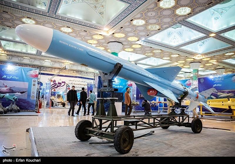 موشک کروز نور در نمایشگاه بزرگ دستاوردهای دفاعی جمهوری اسلامی ایران و نمایشگاه سازندگی محرومیت زدایی و خدمت رسانی