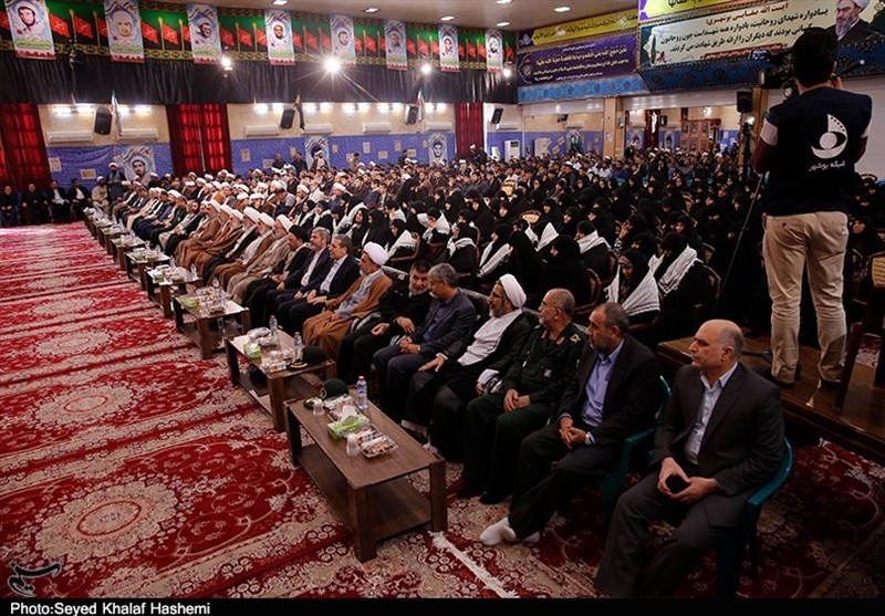 برگزاری یادواره شهدای روحانی استان بوشهر به روایت تصویر