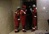 گرفتار شدن 9 نفر داخل آسانسوری در سعادتآباد + تصاویر