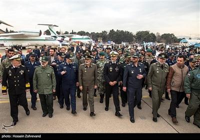 بازدید سرلشکر موسوی فرمانده کل ارتش جمهوری اسلامی ایران از نمایشگاه دستاوردهای هوایی نیروهای مسلح