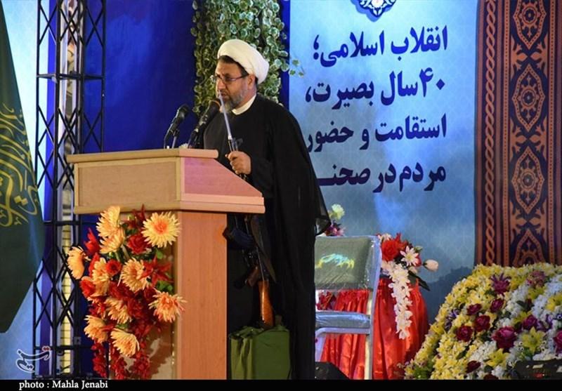 امام جمعه کرمان: امروز نظام جمهوری اسلامی در تمامی عرصهها حرف برای گفتن دارد