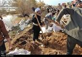 امدادرسانی قرارگاه جهادی فرمان حضرت امام(ره) به مناطق سیل زده خوزستان + تصویر 