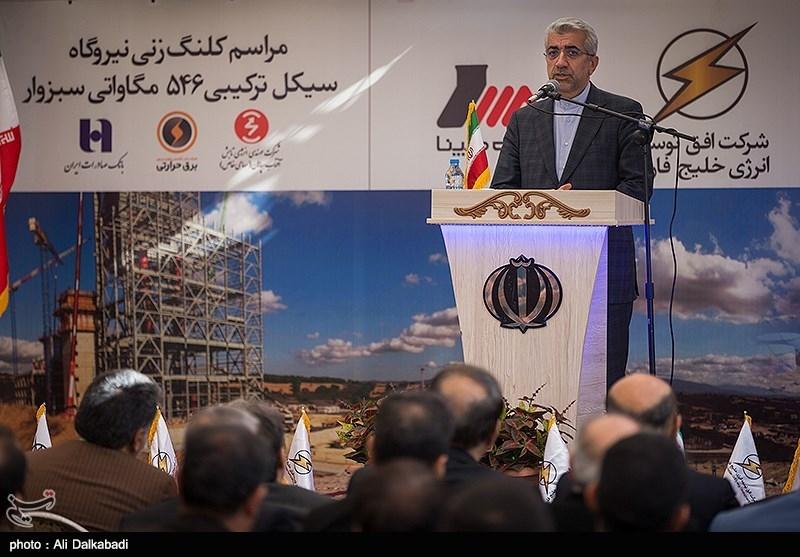 وزیر نیرو در دشتستان: 4200 میلیارد تومان به طرحهای آبرسانی و برق استان بوشهر تخصیص یافت