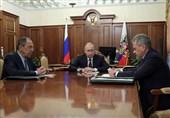 پوتین: مشارکت روسیه در پیمان موشکی متوقف شود