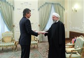 روحانی: ایران وروسیا وترکیا لدیهم شراکة سیاسیة فی حل القضایا الاقلیمیة