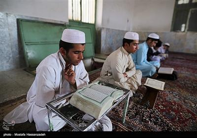 """زویدات: خانهنشینی اجباری را با """"حفظ قرآن"""" شیرین کنیم"""